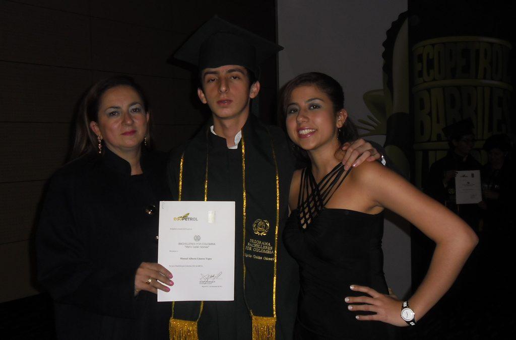 Ceremonia premio Andres Bello a Manuel Alberto Linares Yepes