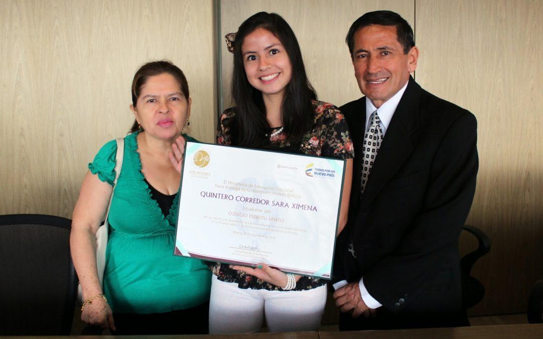 Sara Ximena Quintero Corredor recibe la distinción Andres Bello