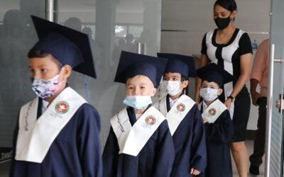 Ceremonia de graduación Pre-School CES 2020