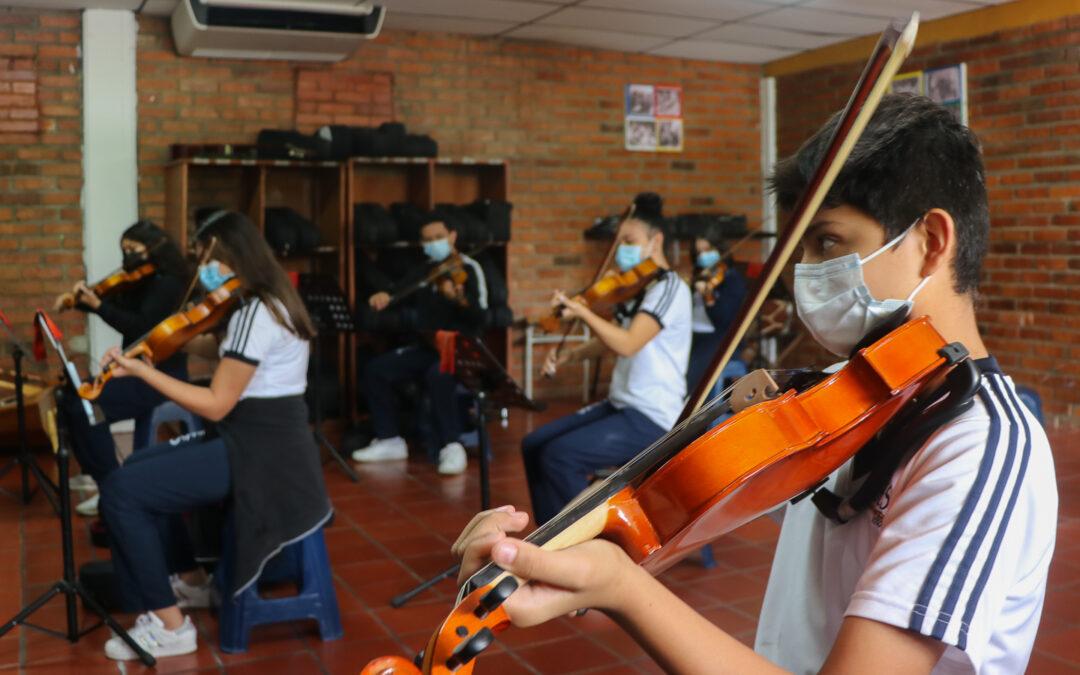 ¿Qué está preparando la orquesta sinfónico coral?